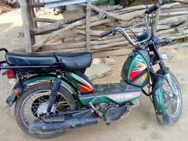 Tvs XL 100  CC Good condition (Insurance /Pollution  Clear)