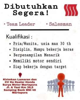 Marketing Terbaik & Team Leader