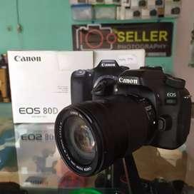 CANON EOS 80D + LENSA 18-135
