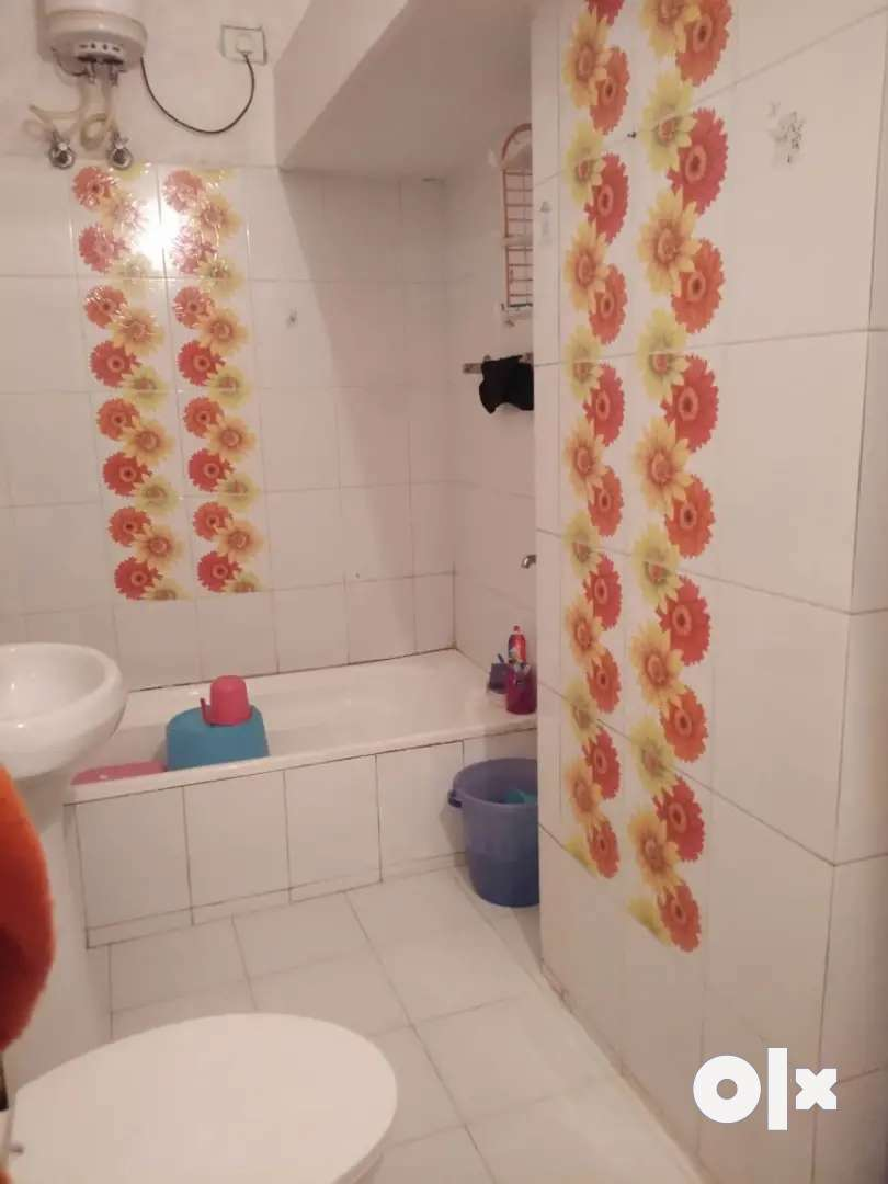 Independent two room set for one girl only on sharing basis 0