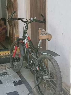 Used cycle just 1 year only but good condition