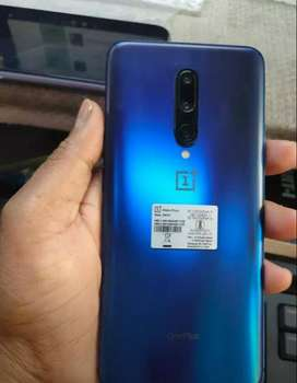 Good condition Oneplus mobile with warranty and all accessories