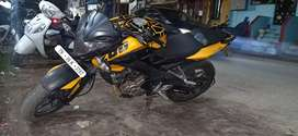 Pulsar 200 ns single owner good condition