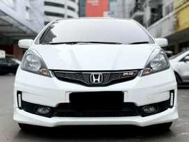 HONDA JAZZ 1.5 RS AT 2013 PUTIH KM 80 RB