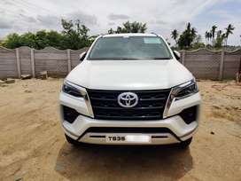 Toyota Fortuner 2021 Diesel Well Maintained