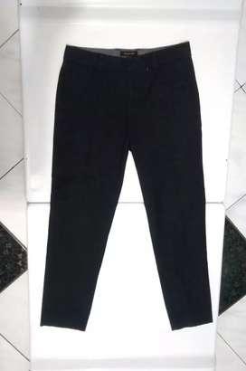 Celana chino laki laki