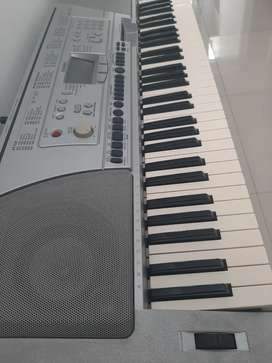 Keyboard YAMAHA PSR450