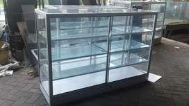 Etalase 2m almunium kaca produksi sendiri pasuruan