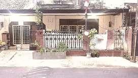 Dijual rumah kos kosan di belakang roxy