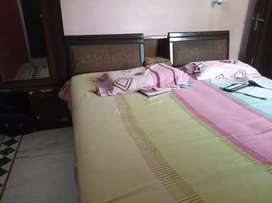 Double bed diwan