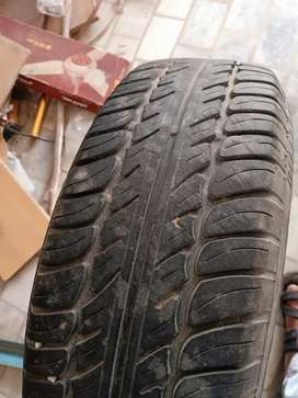 Rim nd tyres used