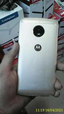 Moto e4 Plus Ram 3GB Rom 32GB 5000Amh ki battery