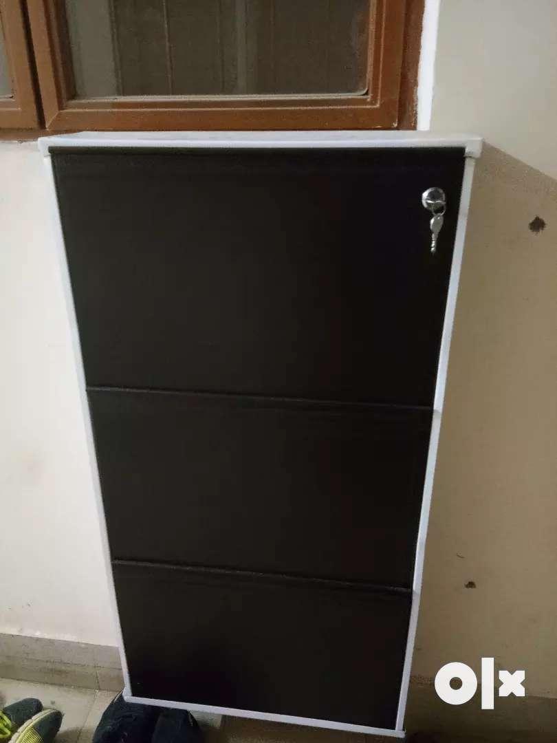 Wall mount shoe rack 0