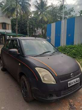 Mat black swift petrol good condiction... Car