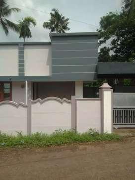 3.7 cent 750 sqft 3 bhk house at aluva near kombara