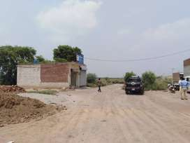 384 Square Ft Commercial Shop For Sale, In jhang road,near Faisalabad