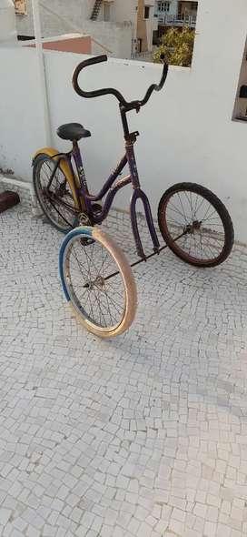Three wheelers Hero cycle