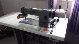 Juki sewing machine new condition