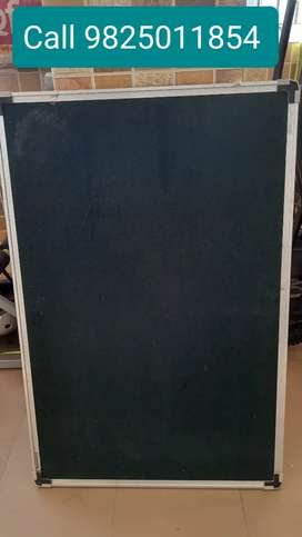 Notice board 2 ft by 3 ft good for kids study