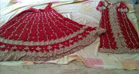1 time used lehnga for sale with jewellry and Sandle