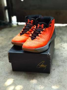 Under Armour Stephen Curry 3 Human Torch Basketball Sepatu Basket