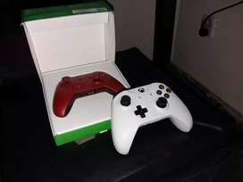 X-Box One S controllers