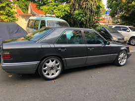 For Sale: W124 E220 AT '94
