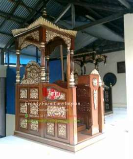 Mimbar masjid kuba mas