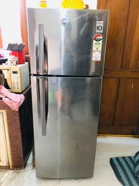 LG, 260Ltrs Fridge in pristine condition.