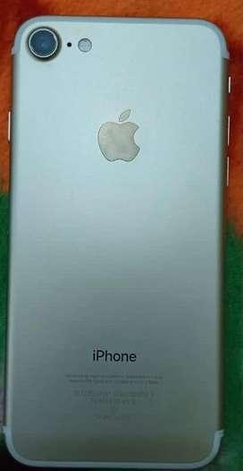Iphone 7 bilkul new look , koyi bhi scratches nahi hai .saaf set hai