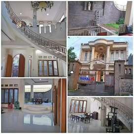 Dijual Rumah 2 Lt Tipe 400, BONUS Basement @ Padangsambian, Denpasar