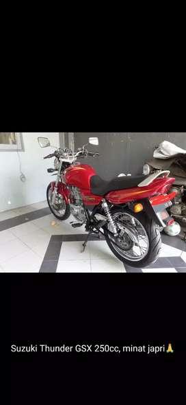 Suzuki GS 250 th 2000