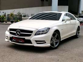 Dijual Mercedes Benz CLS 350 AMG Full spec / 2012 / Like new condition