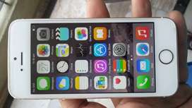 Apple iphone 5s 16GB Good condition phone with bill and acc. also