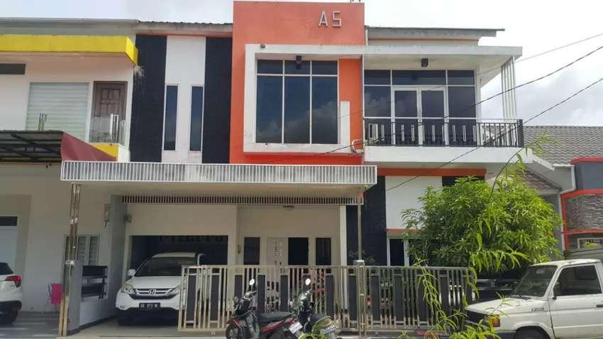Rumah cluster mewah 2 lantai, serdam kotamadya