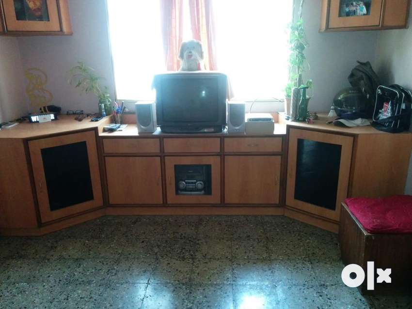 TV Unit with Two Show Case 0