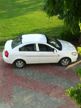 Hyundai Verna SX VTVT 2009 make petrol
