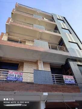 3bhk@ flat @ Mianwali colony colony sector 12 gurgaon , ready to  move
