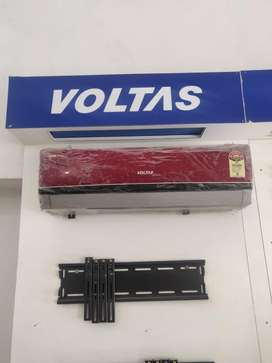 OLD STOCK at a DISCOUNTED Price Voltas Split Air Conditioner