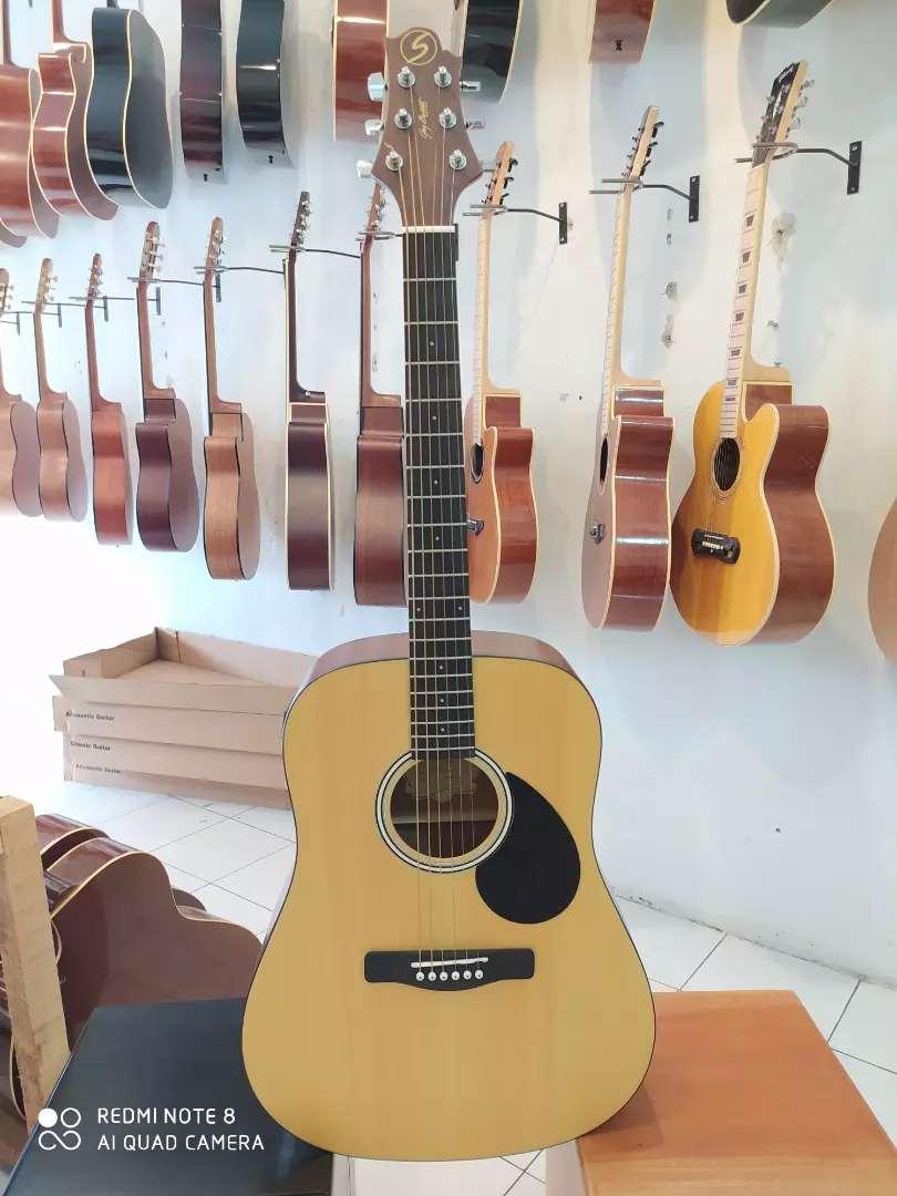 Gitar akustik original pabrik 0