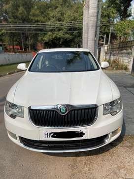 Skoda Superb Elegance 2.0 TDI CR Automatic, 2011, Diesel