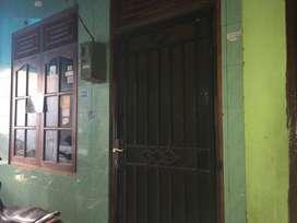 Dikontrakan Rumah 2 Lantai Luas, Aman dan nyaman