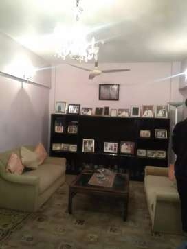 3 bed DD portion for rent in Gulshan e Iqbal near  to park