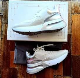 Sepatu AlexanderMcQueen