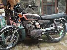 Motor dijual Suzuki GP 100
