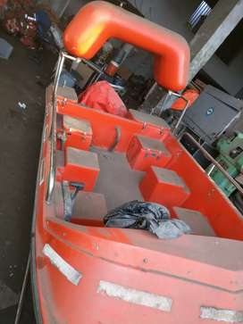 Speed boat with 25hp mercury. Staring fitted