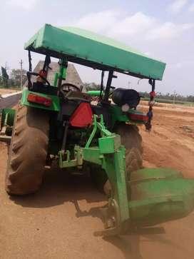Dozer John Dheere tractor