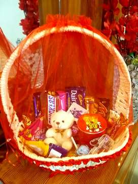 Chocolates Basket delivery in Lahore