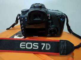 Kamera Canon EOS 7D Body Only
