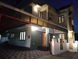 4 bhk 2000 sqft 4 cent new build at kakkanad near kangarapady